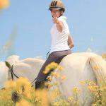 10 vinkkiä nuoren hevosen ratsastamiseen